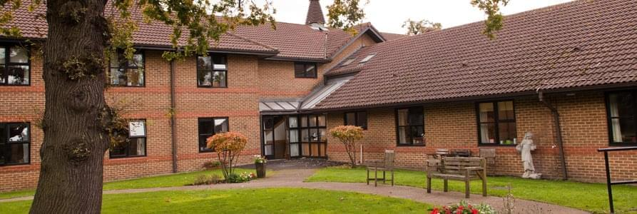 ronald-gibson-house-care-home-tooting-3